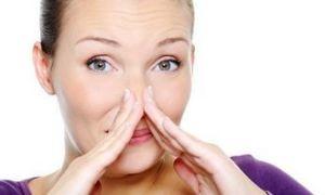 Причины запаха мочи у женщин