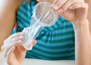 При половой близости необходимо использовать презерватив