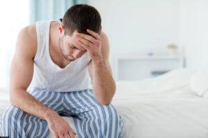Трихомонадный уретрит сопровождается покалыванием у мужчин головки полового члена