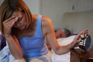 Частое мочеиспускание может сопровождаться головной болью и тошнотой