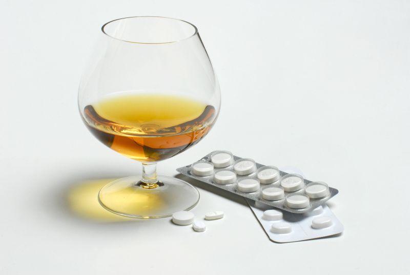 Что будет если выпить много таблеток фенибута