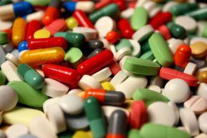 При лечении простатита лампу Биоптрон нужно применять совместно с медикаментами
