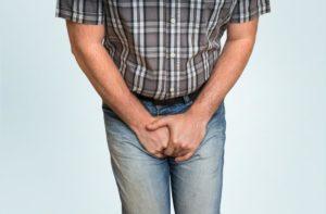 При воспалениях в яичках и при аденоме простаты массаж противопоказан