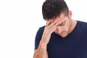 Побочные эффекты - головные боли, головокружение