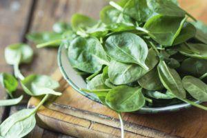 В шпинате много витамина С