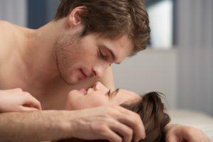 При использовании мази мужчины испытывают более приятные ощущения во время секса
