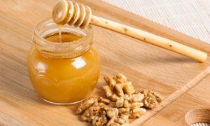 Мед с грецкими орехами